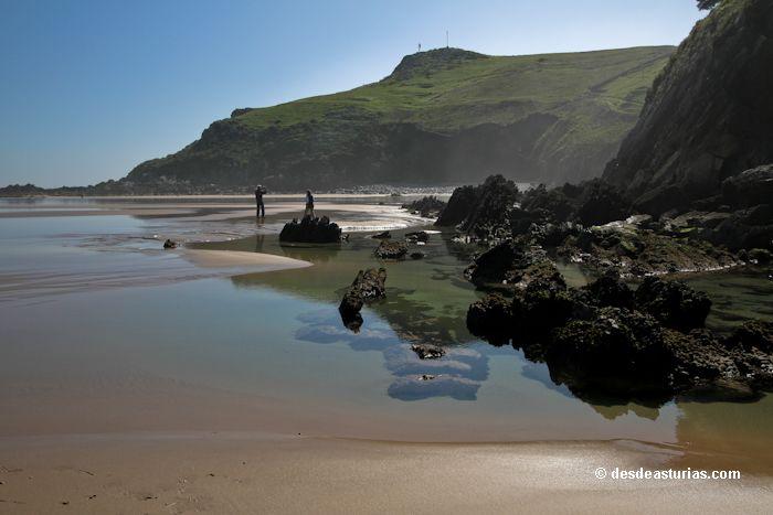 Playa de Vidiago Llanes. Playas de #Llanes. [Más info] http://www.desdeasturias.com/playa-de-vidiago/