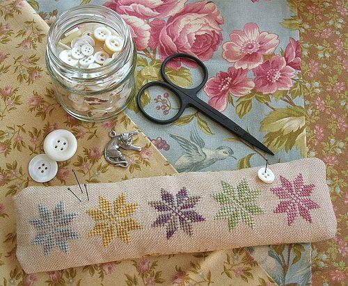 Summer Stars Pincushion (Blackbird Designs) | From the book … | Flickr