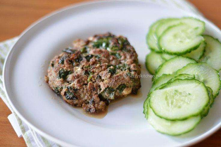 hamburgers_met_feta_en_spinazie_2-001