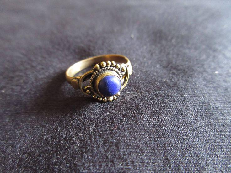 Ring with Stone di JekoStore su Etsy