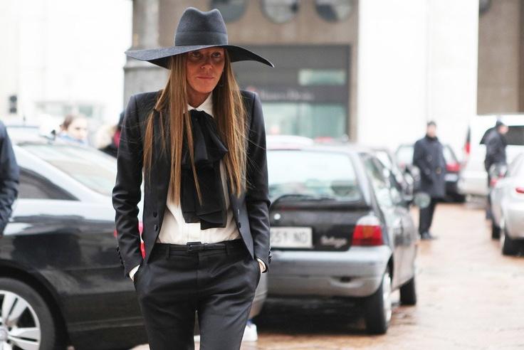 Анна Делло-Руссо, Элеонора Каризи и другие гости Миланской недели моды — Look At Me — MAG — поток «Стритстайл»