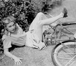 Louise Allbritton, San Diego I Love You, 1944San Diego, Vintage Bikes, Allbritton San, Allbritton 1944, Louise Allbritton, Bicycle Classic, Riding A Bikes, Classic Bicycles, Louis Allbritton