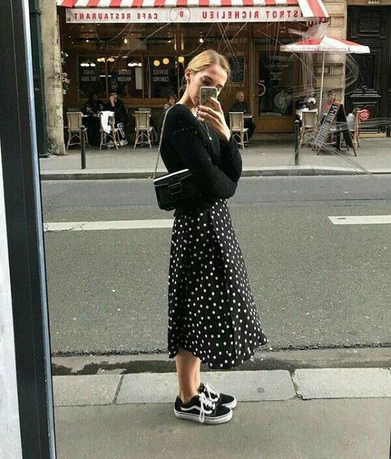 Street style fashion / Fashion week #fashionweek #fashion #womensfashion #street…