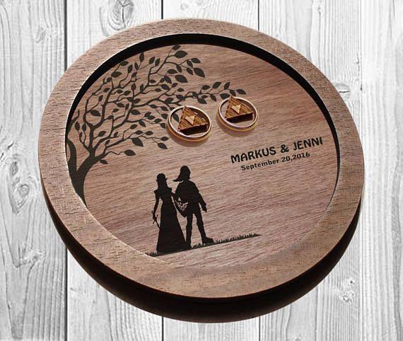 Link and Zelda Rustic Wedding Ring dish, Link & Zelda ring plate, wedding ring p... - Hochzeitsgeschenk