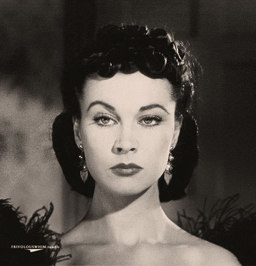 Vivien Leigh as Scarlett O'Hara – giving the eyebrow (GIF)