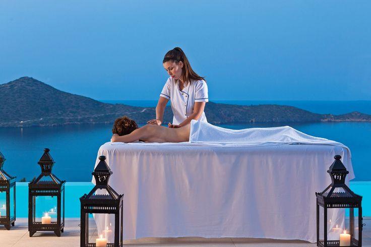 Enjoy a #massage by your #private #pool! #EloundaGulfVillas #EGV