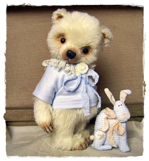 Another adorable sweetie from Simone Marthaler
