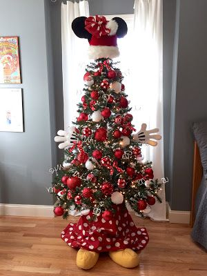 Sew Many Ways...: Christmas Home Tour 2015...Easy Minnie Mouse Christmas Tree