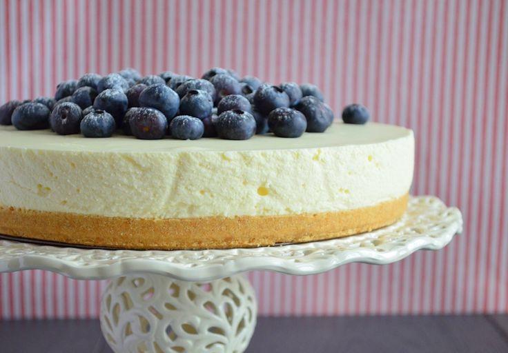 Het zelf maken van een vanille kwarktaart volgens recept is helemaal niet moeilijk. Met dit basis recept maak je een heerlijke taart en talloze variaties.