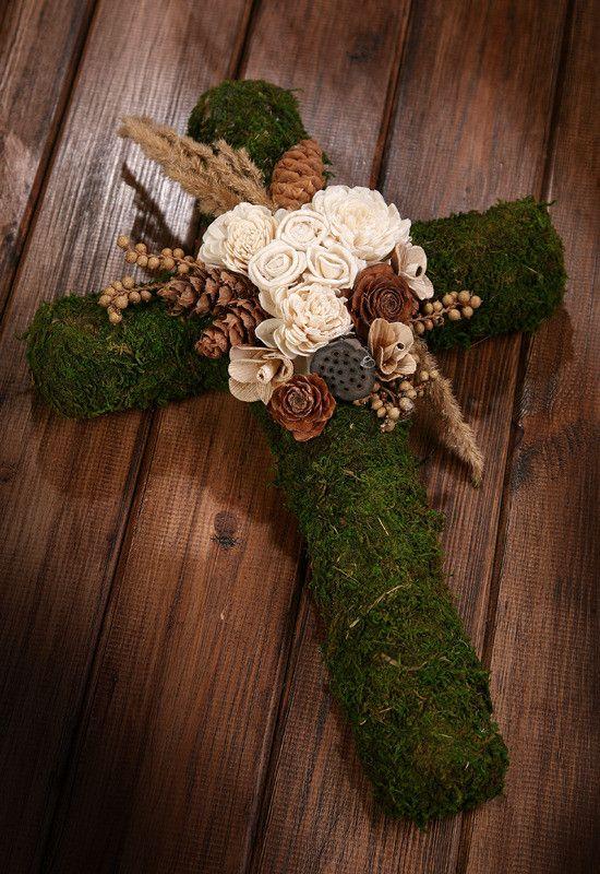 Kompozycja Krzyż sola I 40 cm | mchy, porosty, grzyby kompozycje FLORYSTYKA…
