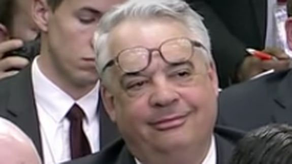 """'Deal with it' reporter is everyone's new favorite reaction GIF Read more Technology News Here --> http://digitaltechnologynews.com  A magical moment from a recent White House press briefing was caught in GIF form and it's just oozing perfect reaction goodness.   Behold a White House reporter and IRL """"Deal with it"""" meme guy John Gizzi:  The Newsmax senior political correspondent's smooth moves from Friday's briefing were being applauded all over the internet by Monday. People just couldn't…"""
