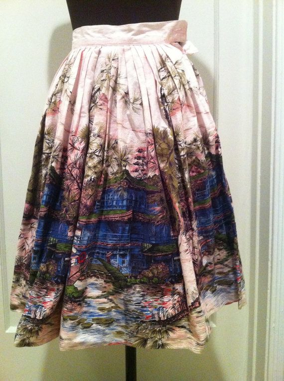 Gorgeous 1950s Japanese scene novelty print cotton skirt in shades of pink, blue, and green. #vintage #1950s #Japanese #Asian #skirts