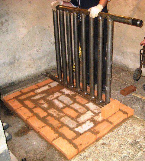 Вертикальный регистр из стальных труб - эффективный и дешевый в изготовлении теплообменник.