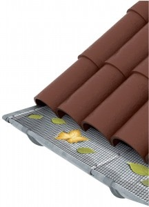 This clever gutter mesh prevents leaves from getting into, and clogging up your gutters and downpipe. From Watercon (Conservation Systems SA)