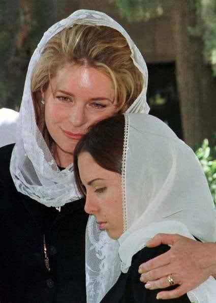 Queen Noor and Princess Iman bint Al Hussein mourning the late King Hussein
