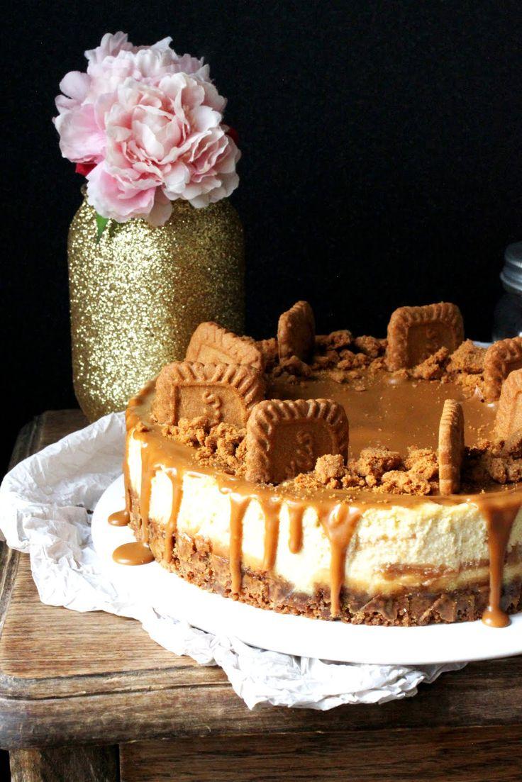 """Voilà le tout premier cheesecake que j'ai fais sur le blog!  Et comme c'est devenu """"ma tuerie"""" et qu'on me réclame souvent de le faire j'ai ..."""