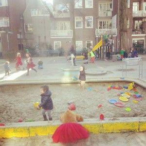 Speeltuin, Amsterdam, de waag, activiteiten, nanny, gastouder, oppas, kinderen, buiten, spelen