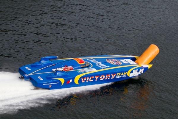 21092012 Italy Vitory Team eats buoy