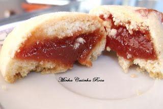 Minha Casinha Rosa: Biscoitos recheados com goiabada ( tipo goiabinha)...