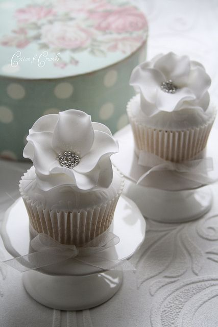 White on white total gorgeousness cupcake flowers with silver dragee centers
