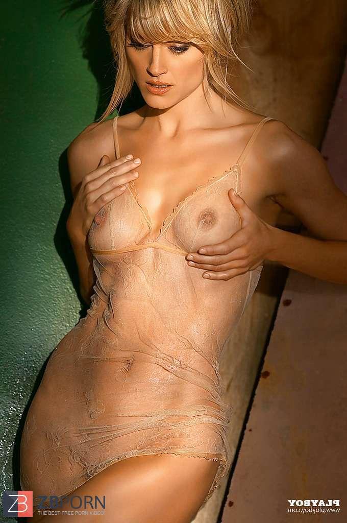 teri polo topless