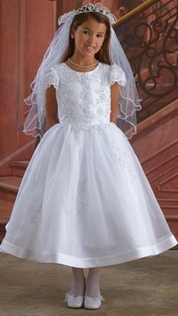 Resultado de imagen para vestidos de comunion sencillos