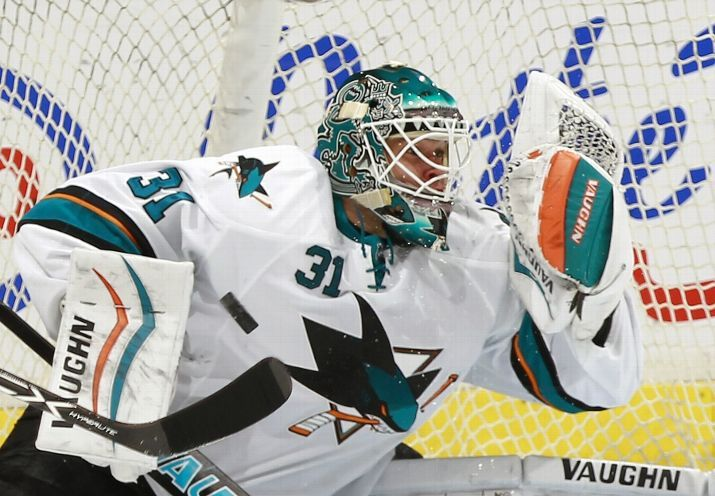 VANCOUVER, BC - MARCH 3: Antti Niemi #31 of the San Jose Sharks makes a save against the Vancouver Canucks during their NHL game at Rogers Arena March 3, 2015 in Vancouver, British Columbia, Canada. (Photo by Jeff Vinnick/NHLI via Getty Images)