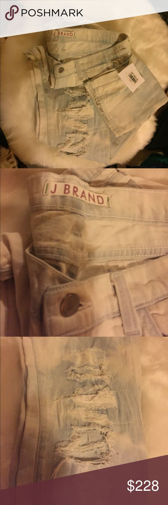 JBrandAcidWashedSuperLight&SoftDistressedJeans29R Totally in love with these J brands! I used to sell them all the time at an exclusive online boutique and I'm so thrilled to offer these to you. Size 29 regular but are very stretchy so depending on your measurements could go up a size easily in my opinion. Please ask questions for specifics on fit. Brand-new with tag of authenticity✔️ready to wear✔️awesome distressed with shshredded holes✔️perfect placement on each leg. No visible damage…