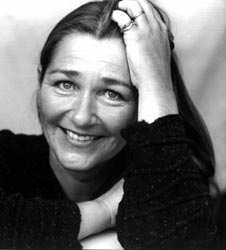 Birgit Vanderbeke was born in 1956, is one of Germany's most successful literary authors. She has written 12 novels. The Mussel Feast (Das Muschelessen)  was her first publication and won the most prestigious German language literature award, The Ingeborg Bachmann Prize. The book was published in 1989 and has never been out of print since.