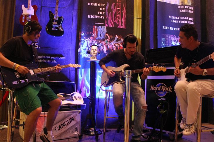 DLD Mexican band trying the Picks® amenities from The Sound of Your Stay® / Tocando guitarras eléctricas de nuestras amenidades Picks® del programa The Sound of Your Stay®