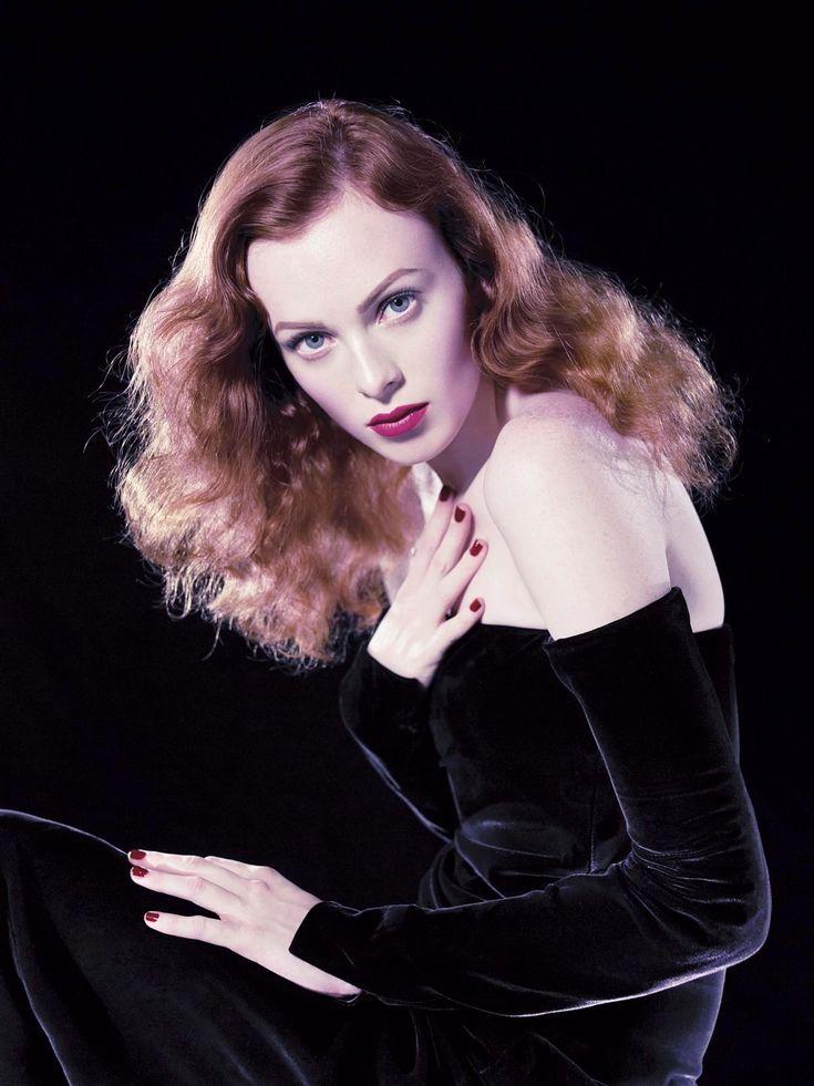 Karen Elson by Steven Meisel - Vogue Italia December 2004.