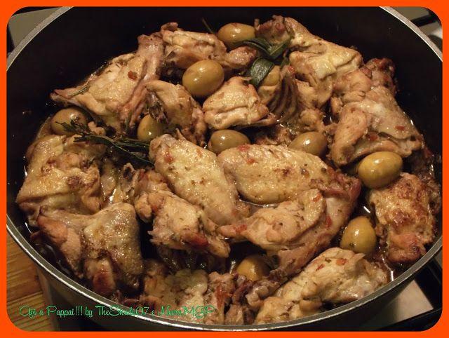 Pollo ai pomodori secchi conditi sott'olio.  https://ajoapappai.blogspot.com/2017/07/pollo-ai-pomodori-secchi-conditi-sottolio.html