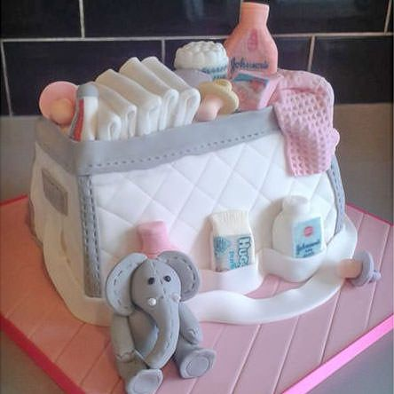 Baby changing bag cake by Victoria Malm Snowden. For more baby shower ideas, ple…