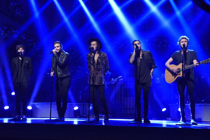 One Direction's First Show Without Zayn Was So Freaking Emotional  - Seventeen.com