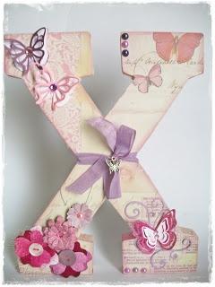 Decorated Letter (letra decorada)                                                                                                                                                      Más