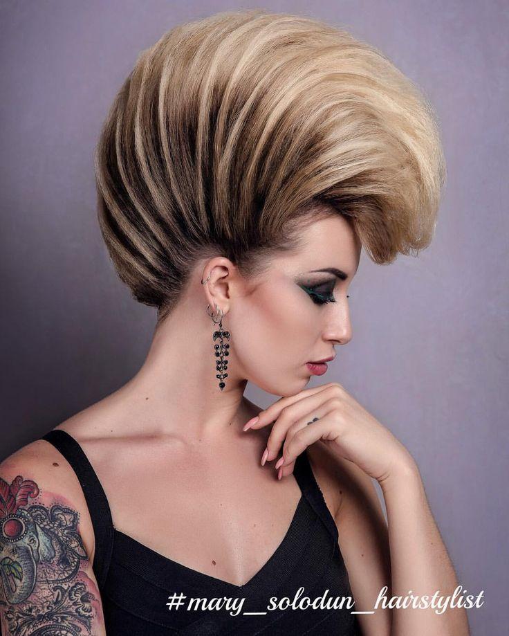 Моя ❤️ Авангард!  Прическа выполнена исключительно из волос модели, без дополнительных валиков и волос  мною  @mary_solodun_hairstylist ;  Макияж  @victorianskay_ ;  Фото  @lesdpua ;  Ретушь  @photo_dnepr_as;  #МарияСолодун #креативнаяПрическа #парикмахерскиеуслуги #авангардПрическа #прическиднепропетровск #ирокез #прическинакороткиеволосы #объемныелоконы #красивыелоконы #курсыпричесок #coolhairstyle #creativeHair #hairofinstagram #weddinghairstyle #mary_solodun_hairstyiist