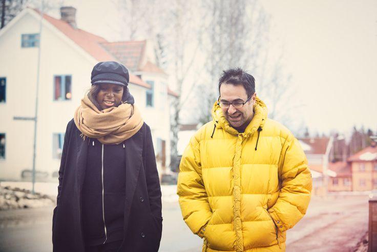 Gör som Sabina Ddumba - bli en musik- eller fikakompis åt en nyanländ. http://www.senses.se/musikkompis-musikens-internationella-sprak/