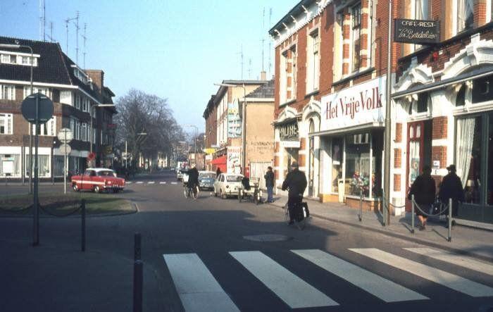 Hoofdstraat Apeldoorn (jaartal: 1960 tot 1970) - Foto's SERC