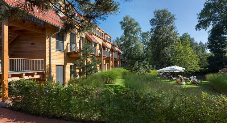 Relax sustainably. Enjoy consciously at the lovingly arranged garden area of Strandhaus Spreewald in Germany.