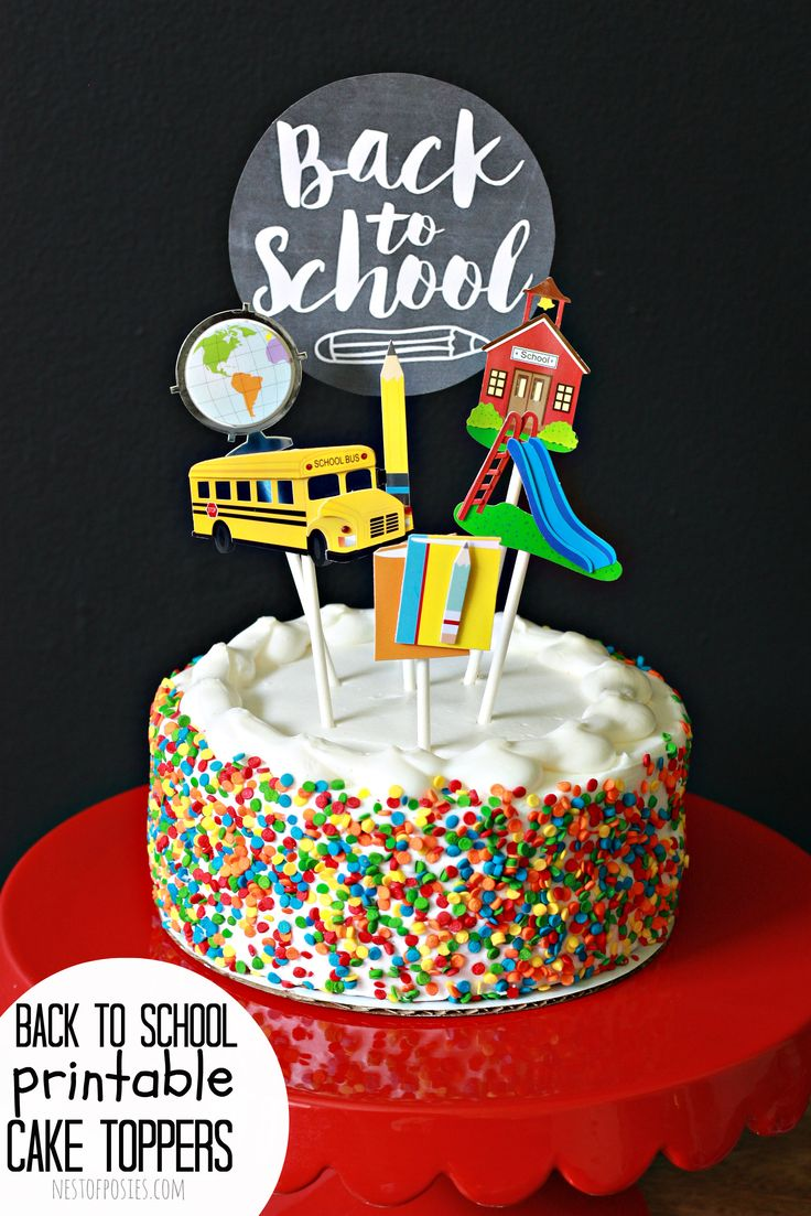 Celebrate the first week of school. This Cake Topper for Back to School is so easy to assemble. It's a free printable cake topper, just add cake.