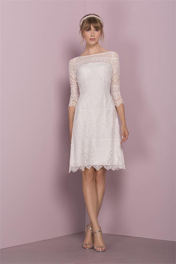 #kleider hochzeitsgast vokuhila #Plus Size Brautkl in 2020 ...