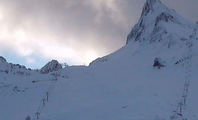 Bien que la douceur des températures ait rendu l'enneigement difficile, les stations de ski du réseau N'Py indiquent avoir tiré leur épingle du jeu dans les Hautes-Pyrénées. Tandis que leurs voisines des Pyrénées-Atlantiques ont proposé d'autres activités à leurs clients pendant les vacances de Noël.