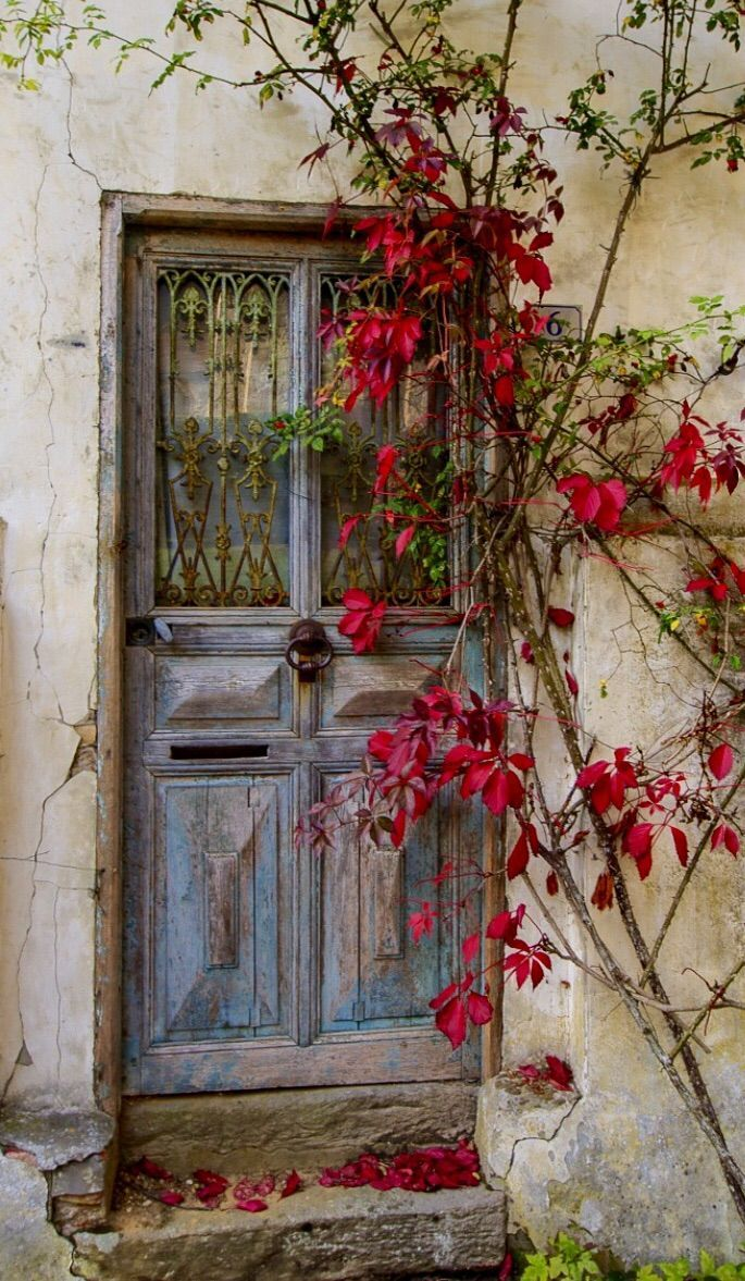 wasbella102:Gerberoy, Oise, France BySteve Riley