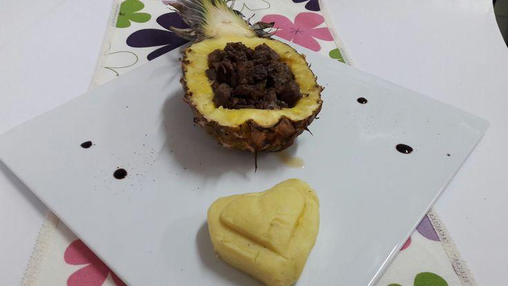 Ananas icinde et sunum 🙃
