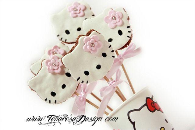 DIY on my blog! Hello Kitty chocolate chip cookies =) Trinn for trinn på bloggen!