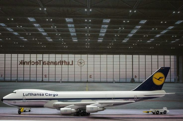 Lufthansa cargo B747