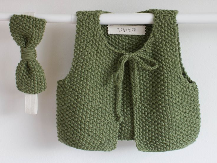 New to TIENenMIEP on Etsy: Kids winter clothes Baby girl outfit Kid clothes Wool clothes Merino knit Knitted winter vest with matching bow headband for children (52.00 EUR) Handmade baby wear made with a lot of passion and love. Lovely fabrics and soft and cosy knitting.