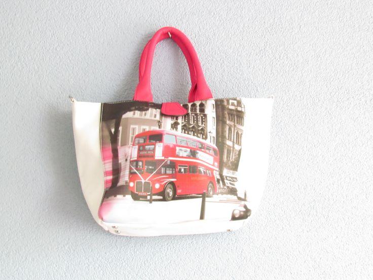 Tas dubbeldekker voorkant/ auto achterkant roze hengsel Artikelnummer: 0723 Prijs: € 21,95