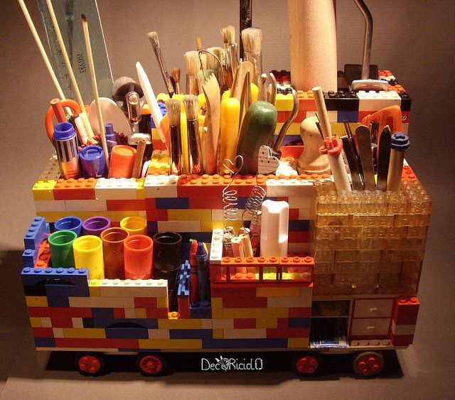 portaoggetti da scrivania con i mattoncini LEGO