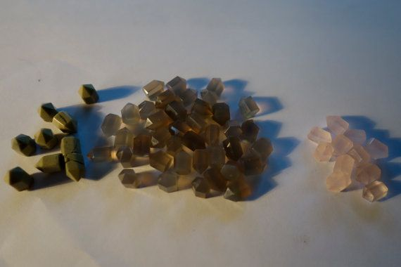 NATURAL AGATE Small flat base points by CrystalYantra on Etsy